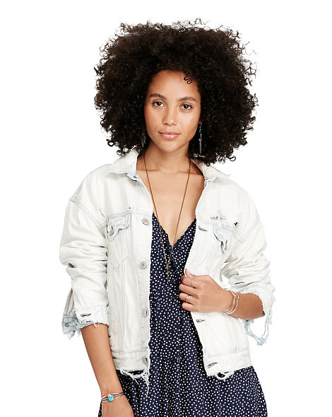 DENIM TRUCKER BOYFRIEND JACKET 2